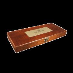 Drewniana kaseta z dedykacją do nożyków do listów