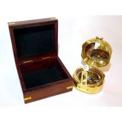 Kompas Brunton COM-0402 w pudełku drewnianym Gift Shop