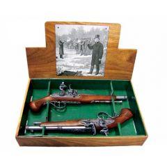 2 pistolety skałkowe zestaw pojedynkowy XVIIIw. Denix 2-1102G - replika