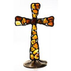 Krzyż stojący Bursztyn K6. Ażurowe wykonanie, mosiężna podstawa